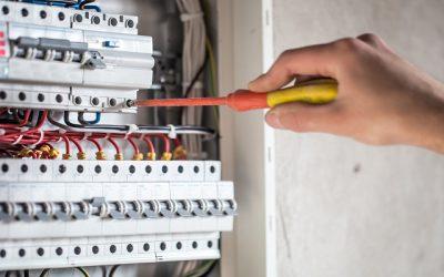 56% de los incendios por fallas eléctricas en empresas se deben a mantenimiento inadecuado